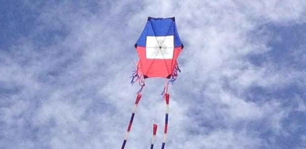 haitian-hexagon-kite