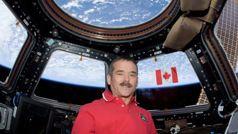 Why did chris hadfield become an astronaut