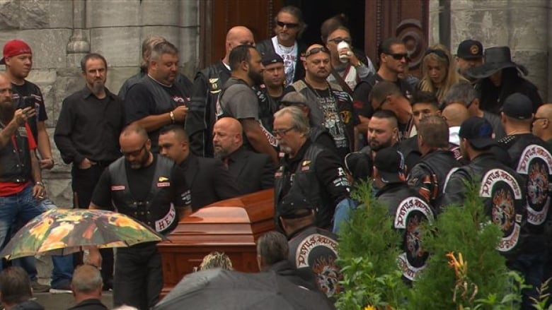 What Quebec cops learned at a Hells Angels funeral | CBC News