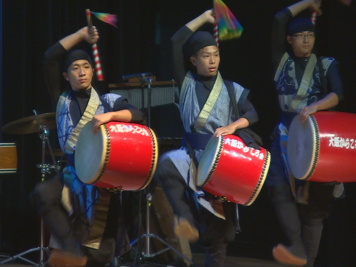 Japanese drum and dance show a 'real treat' for Winnipeg