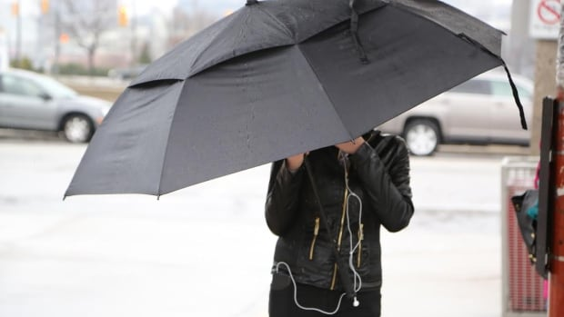 Rain is expected to turn to freezing rain overnight, according to Environment Canada.