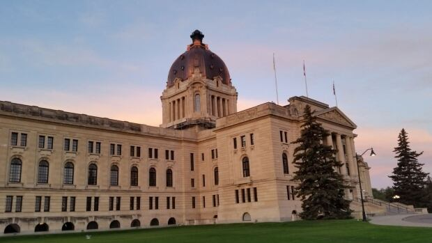 The rejection of a contract including a 3.5 per cent wage cut by the International Brotherhood of Electrical Workers may embolden other unions to do the same and spell trouble for the provincial government, says a University of Regina professor.