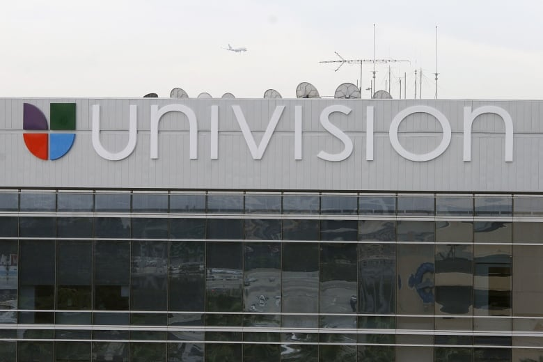 Univision Submits Highest Bid For Gawker In Bankruptcy Auction Cbc