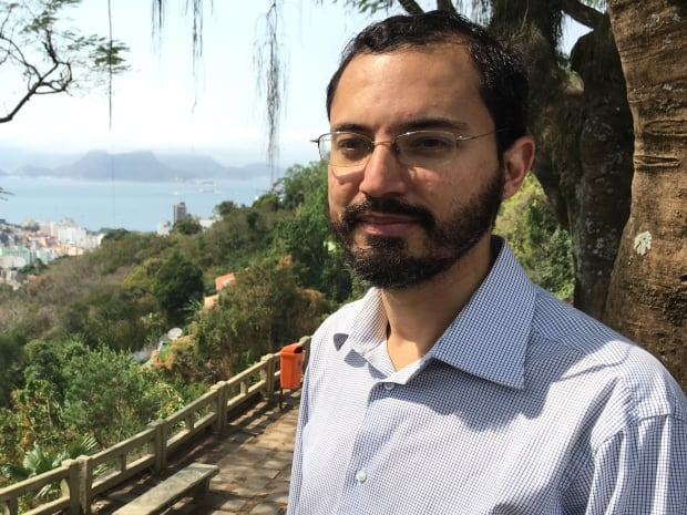 Mauricio Santoro, Professor Rio State University