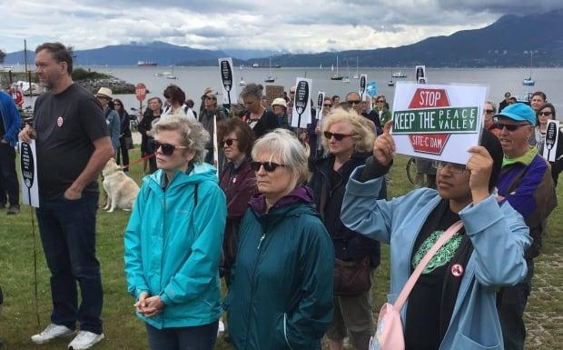 Protest SiteC Dam 20160709