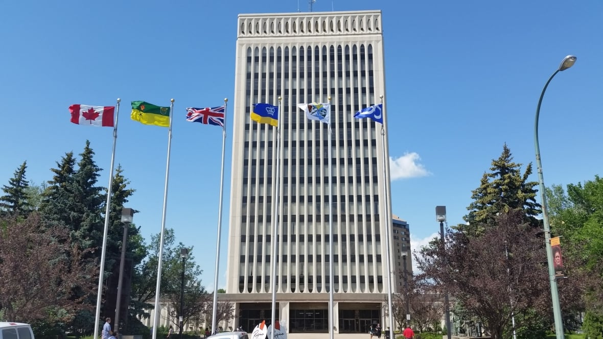 Regina ethics rules may look at gifts to politicians, hiring of relatives