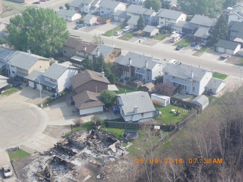 Widespread destruction of Fort McMurray homes largely preventable, report says