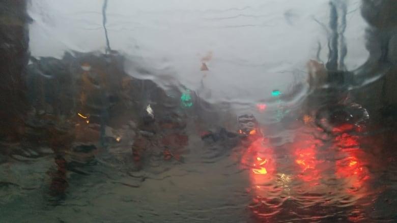 From shorts to freezing rain, wonky springtime weather across Quebec