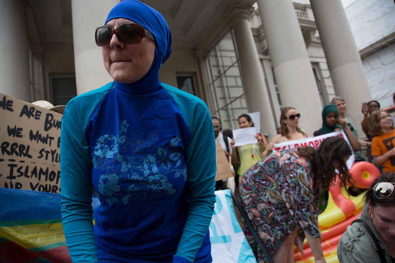 82389411892 France's burkini ban overturned by highest court | CBC News