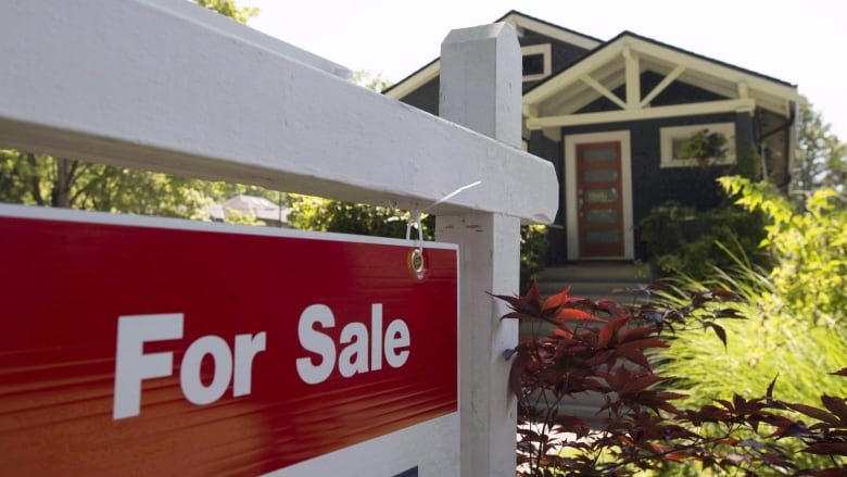 Metro Vancouver Housing Prices Drop For 2nd Straight Month