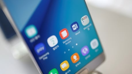 image of samsung elec smartphones