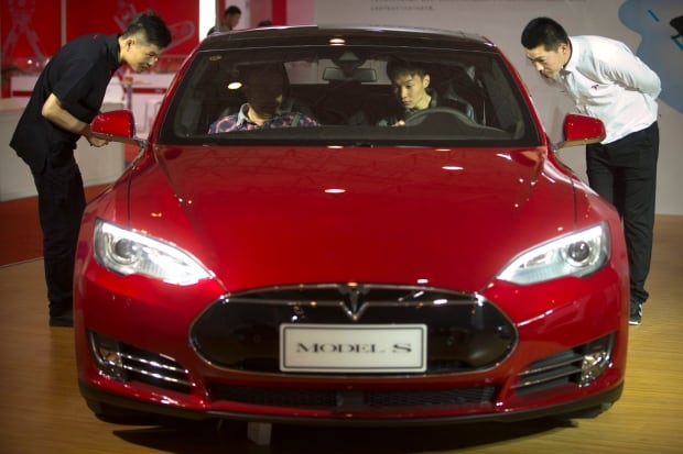 Tesla, BMW fall short in electric vehicle crash tests
