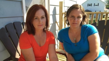 image of amy macdonald and kelly campbell