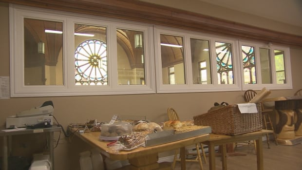 nb-bakery-windows
