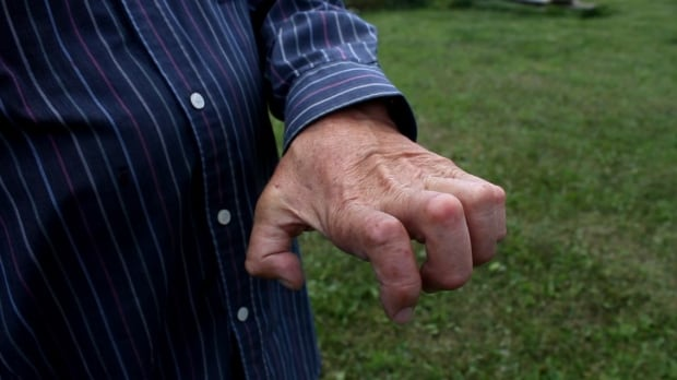 Bill Henry hand