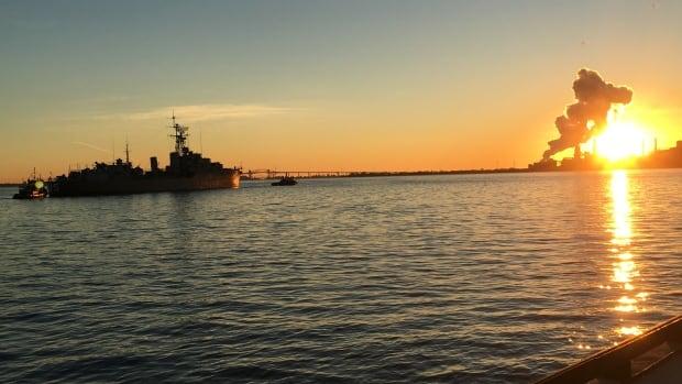 HMCS Haida left Hamilton on Friday just as the sun was peeking over the steel mill skyline.