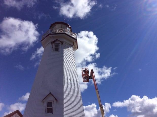 Lighthouse painter 3