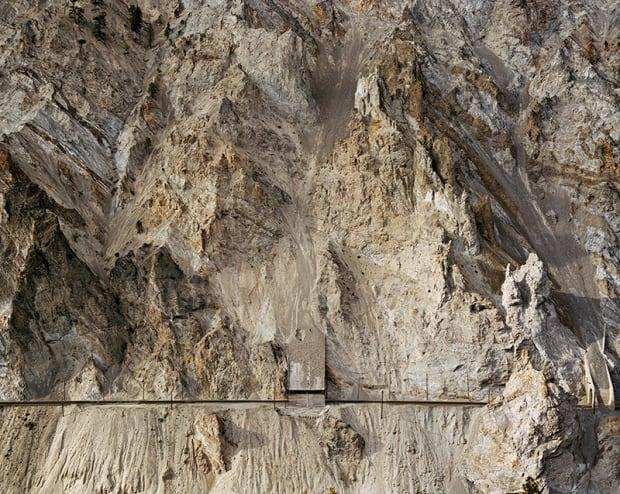 Edward Burtynsky - Railcuts #4