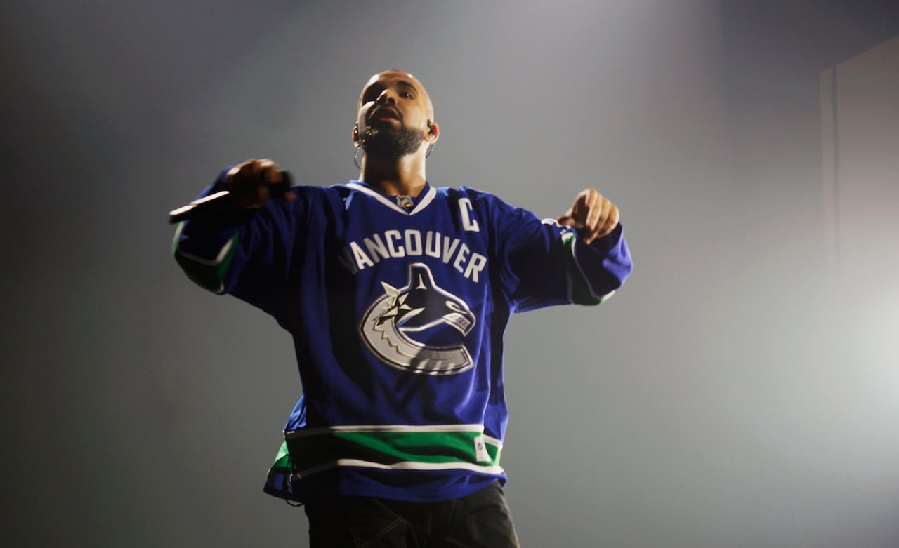 826212f4dbb Drake dons Canucks jerseys for first of Vancouver concerts