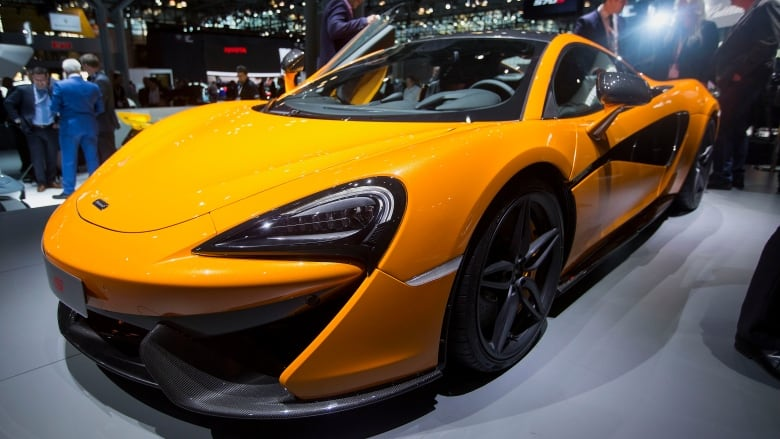 apple reportedly in talks to buy supercar company mclaren | cbc news