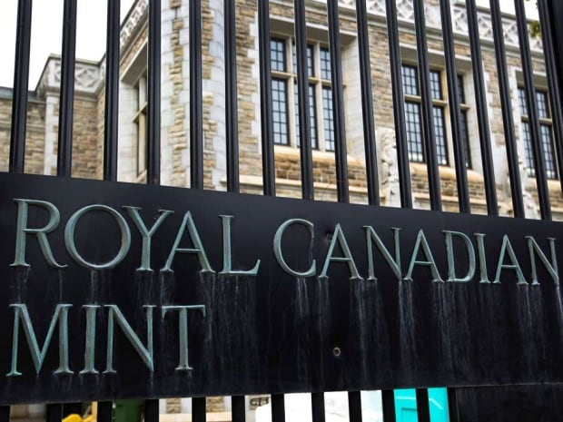 Royal Canadian Mint employee alleged smuggler
