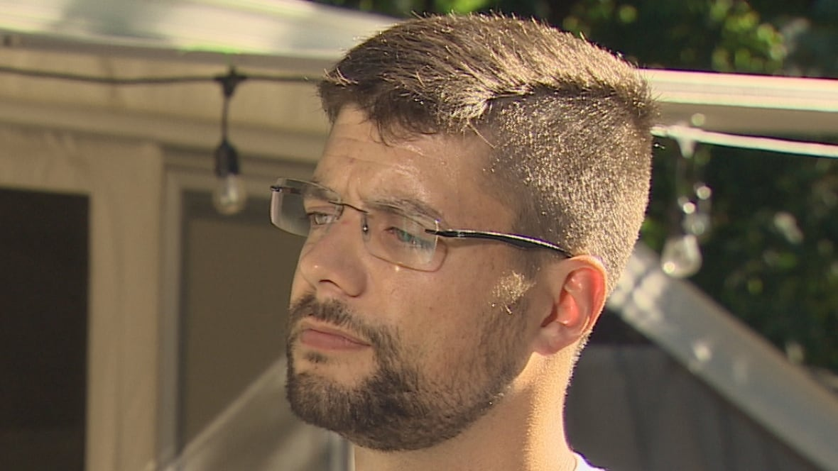 'I do not consume cannabis for fun,' angry veteran says of federal limits on medical marijuana