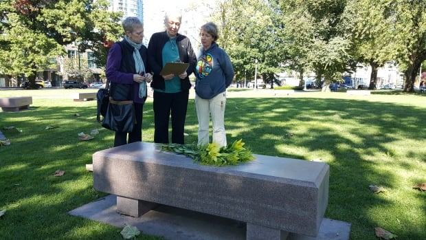Chris McDowell and members of the Women's Monument Committee