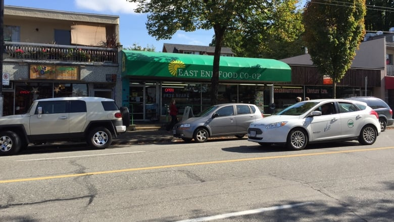 Commercial Drive merchants miffed BC Hydro leaving them in
