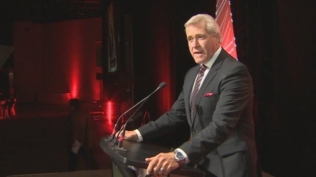 Dwight Ball speaks to a crowd of more than 550 at a Liberal party fundraiser in St. John's