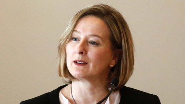Carolyn Wilkins, senior deputy governor of the Bank of Canada,  said Monday in a speech to a business audience in Winnipeg that the bank is seeing the economy pick up.