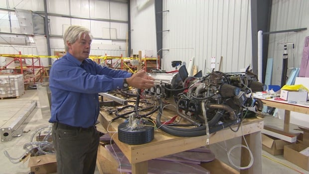 4 Canadian part-solar flying machines sold to Africa ...