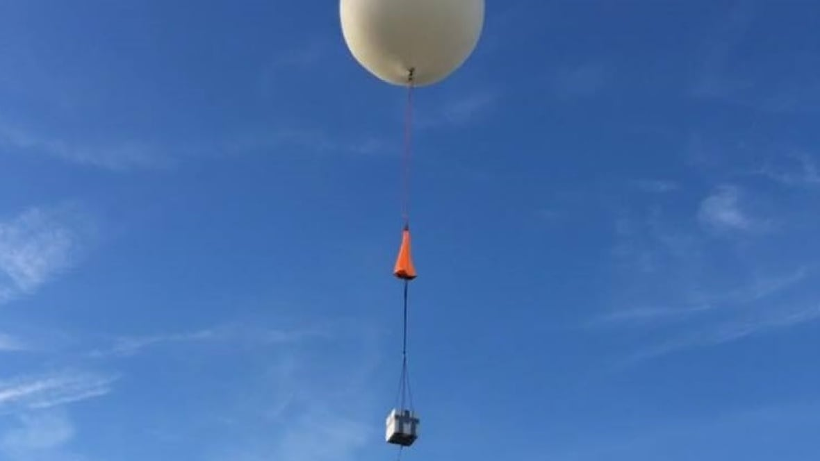 Wayward Space Balloon Drifts Across International Border Windsor Cbc News