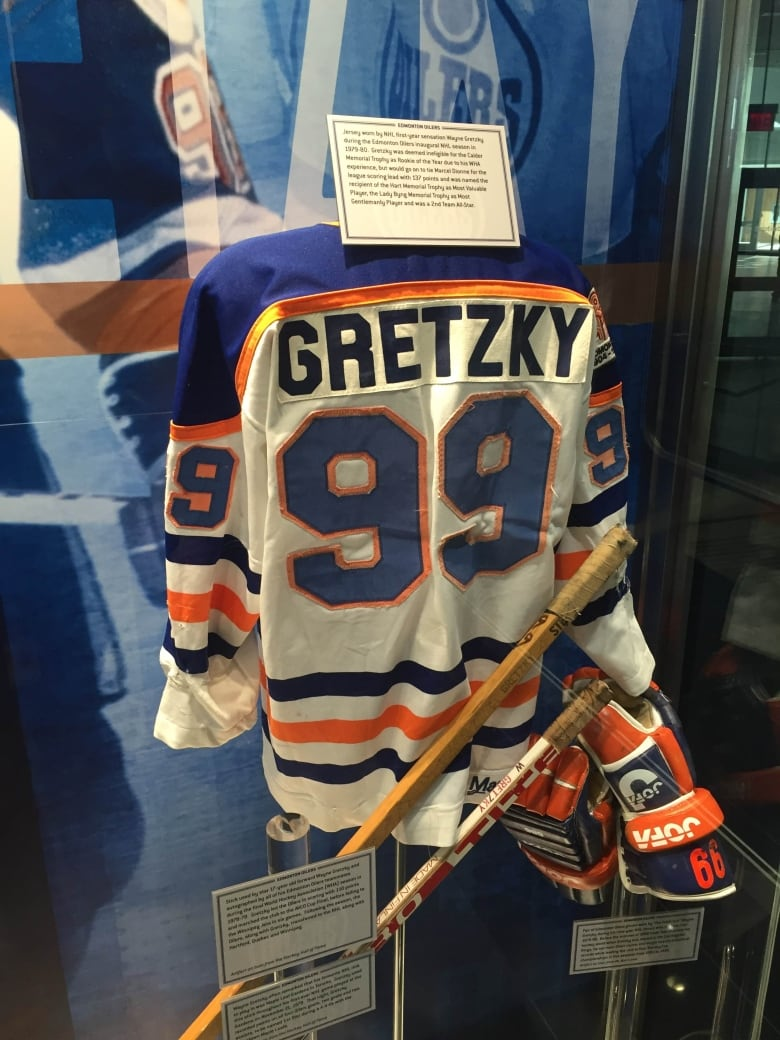 free shipping d8808 f5ce2 Long time coming': Wayne Gretzky rejoins Oilers as partner ...