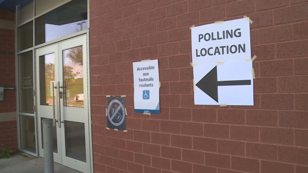 Participation in the Halifax Regional Municipality election dropped 7.5 percentage points from 2012, according to preliminary numbers from the municipality.