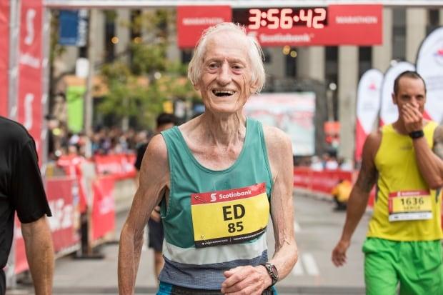 Ed Whitlock Toronto marathon