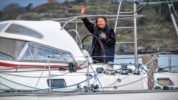Jeanne Socrates waves goodbye as she departs from Victoria on Wednesday, Oct. 19, 2016.