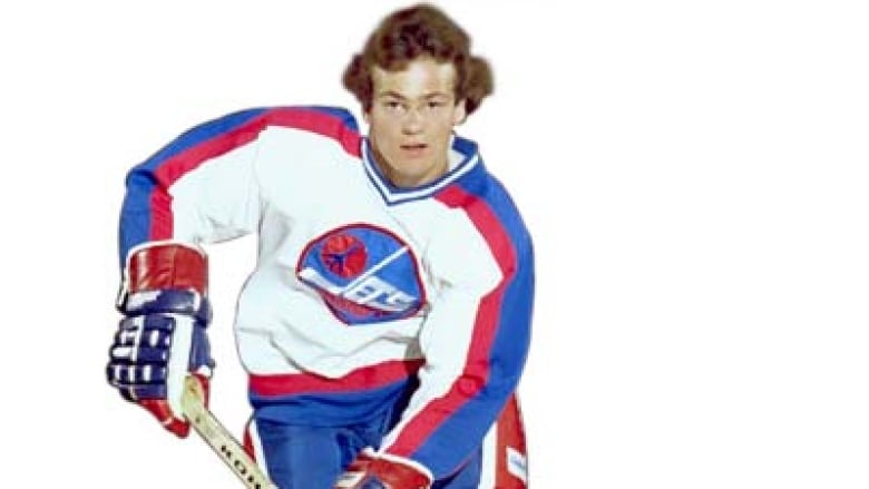 Dale Hawerchuk became the youngest NHL player in history to reach 100  points (a record broken by Sidney Crosby in 2006) dc3cea783