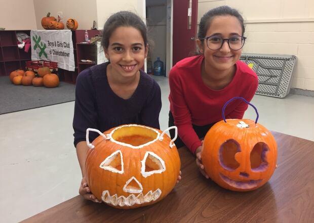 Jana and Jumana Elshami
