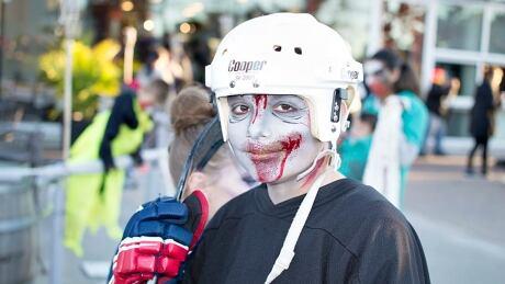 wdr-CBC Eyes on Windsor-Zombie Walk 4