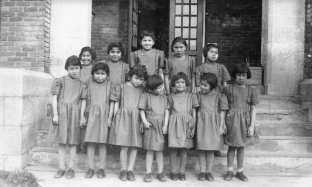 BIRTLE INDIAN RESIDENTIAL SCHOOL students