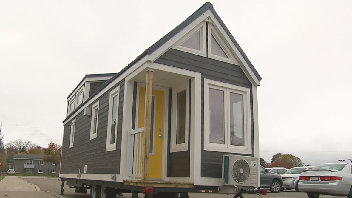 Kent homes unveils secret tiny homes project new for Tiny homes for sale canada