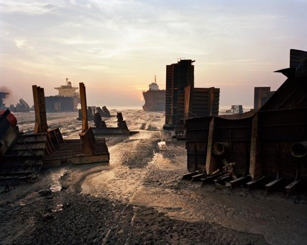 Shipbreaking # 13, Chittagong, Bangladesh 2000