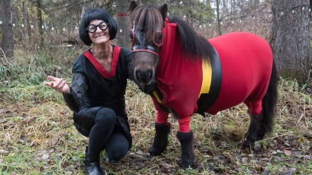 The Incredible Tonka and her owner Patty Kramps dressed as Edna Mole made our list of top animal stories.