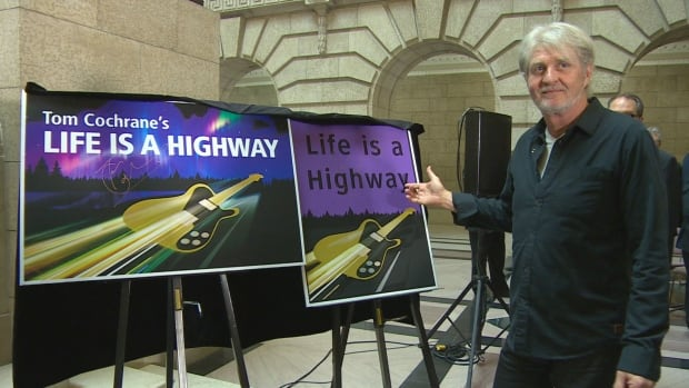 Award-winning musician Tom Cochrane returns home to Lynn Lake, Man. Sunday to open a stretch of highway named in his honour.