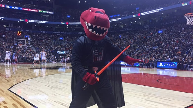 43fa1f14022a Darthraptor was just one of many wardrobe changes the Toronto Raptors  mascot made on Monday night to entertain fans for Halloween. (@the_raptor/ Twitter)