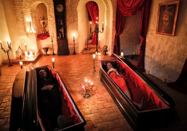 the story and the legend theories of vlad tepes dracula the original vampire The fictional vampire dracula doesn't come close 10 fascinating facts about the real dracula the turks forced vlad into a retreat—but dracula.
