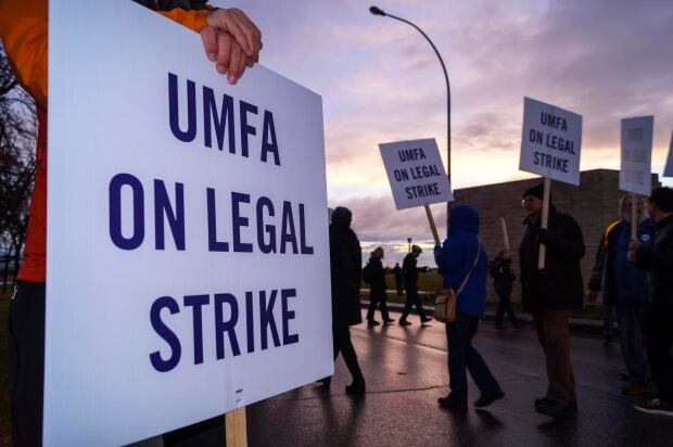 University of Manitoba faculty strike