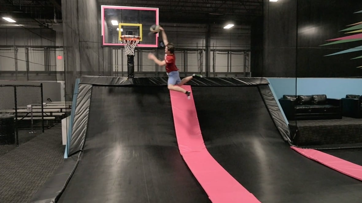 new indoor trampoline park opening in hamilton hamilton. Black Bedroom Furniture Sets. Home Design Ideas