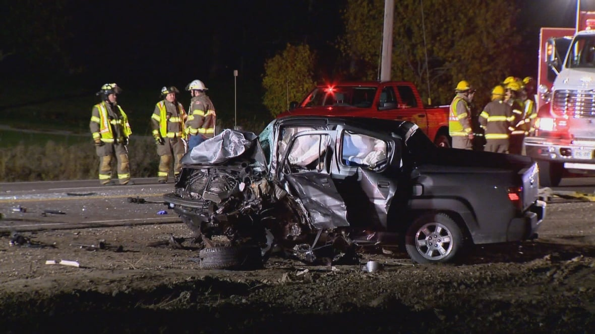 My Car North Bay >> 2 dead after head-on collision southwest of Barrie, Ont. - Toronto - CBC News