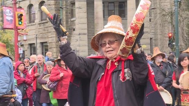 Survivor Pole Vancouver performer